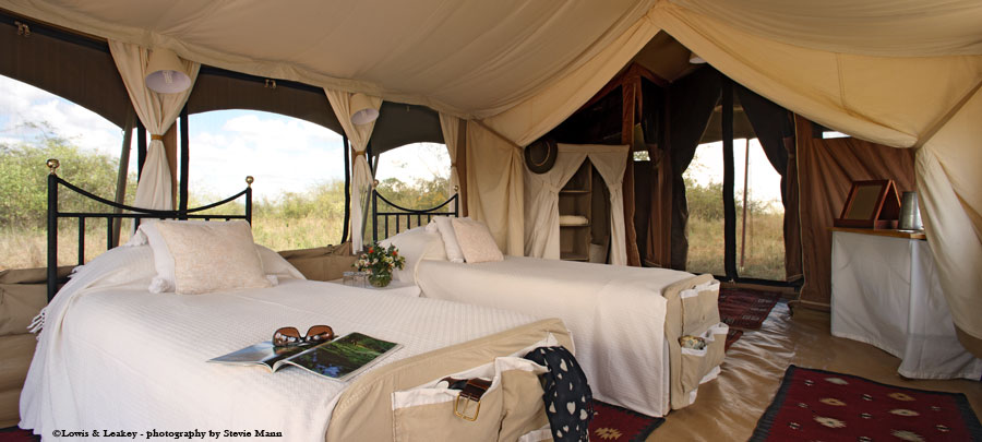 Lowis & Leakey private mobile camp